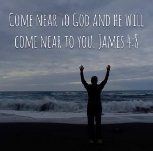 James 4,8